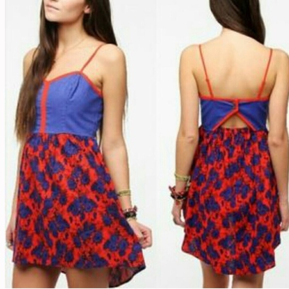 a08ed17fe89d ... Red Blue High Low Linen Floral Dress. M 5a68cca03800c546e778153b